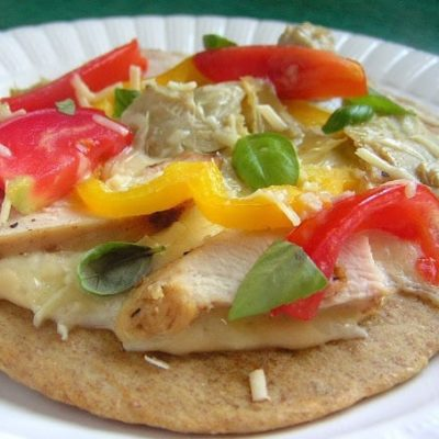 HOMEMADE GRILLED CHICKEN FLAT BREAD