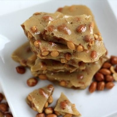 PEANUT BRITTLE: MADE IN THE MICROWAVE IN LESS THAN 10 MINUTES!!
