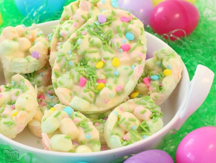 Easy easter marshmallow dessert butter with a side of bread easter marshmallow bark is one of my favorite easter desserts just 4 ingredients and a forumfinder Images