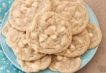 Mrs.Fields White Chocolate Chip Cookies are soft, delicious cookies filled with sweet white chocolate chips. Copycat Mrs.Field's cookie recipe that everyone can make at home!