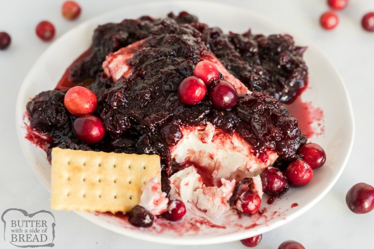 Cranberry cream cheese dip with crackers