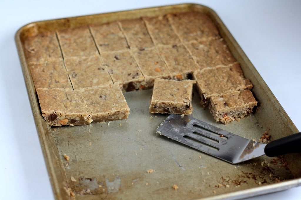 EASY CHOCOLATE CHIP BARS: Butter With a Side of Bread