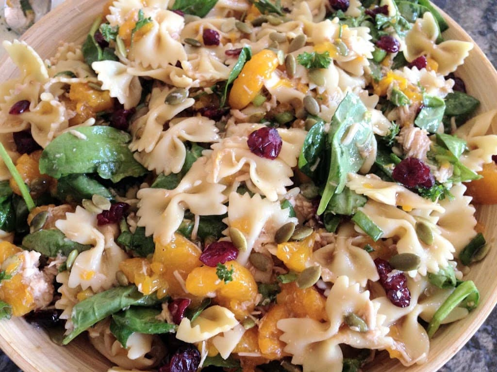 SPINACH CHICKEN PASTA SALAD: Butter With A Side of Bread