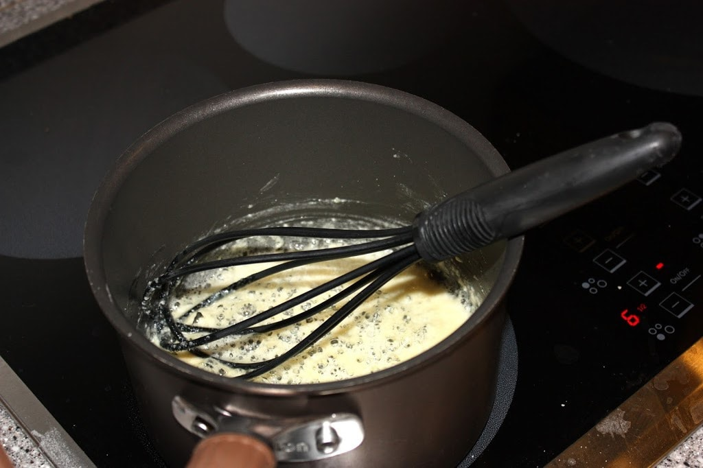 SKINNY ALFREDO PASTA: Butter With A Side of Bread