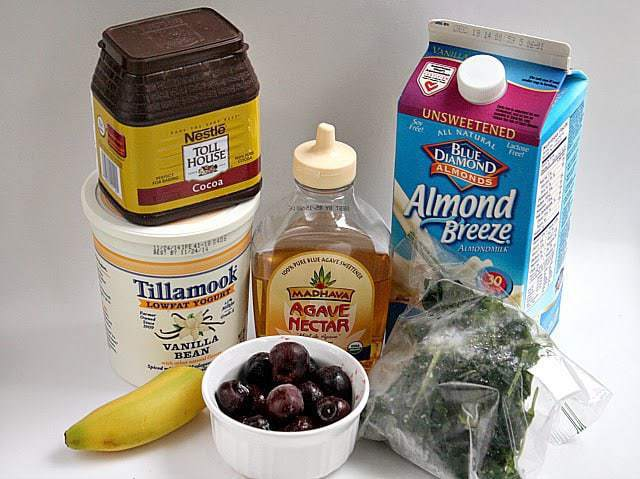 Butter With a Side of Bread: Chocolate Cherry Green Smoothie