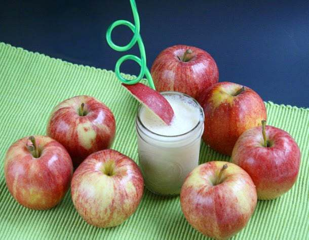 Butter With a Side of Bread: Creamy Apple Smoothies