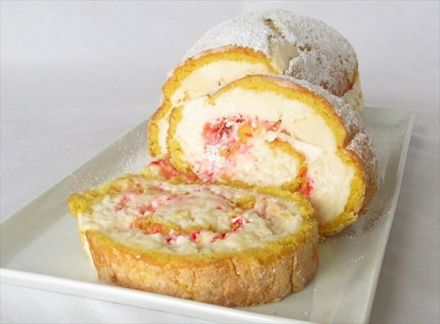 HOLIDAY PEPPERMINT ICE CREAM CAKE ROLL: Butter With A Side of Bread