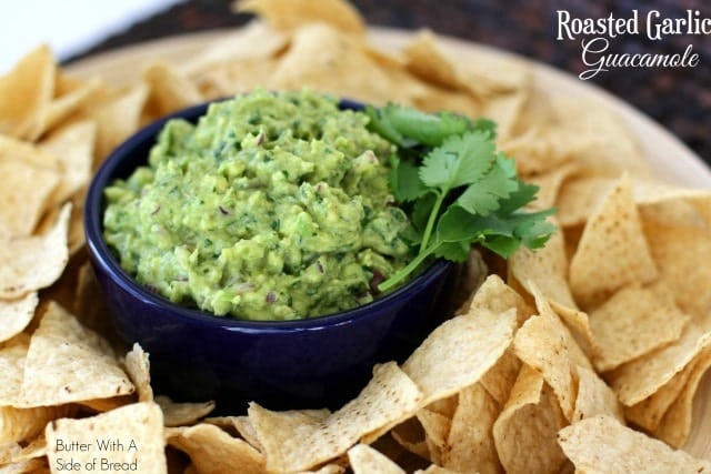 ROASTED GARLIC GUACAMOLE #CreateWithCrisp - Butter With a Side of ...