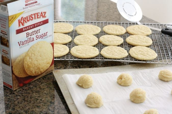 Scaredy Cat Cookies - Butter With A Side of Bread