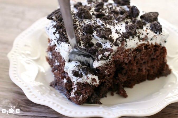 Cookies & Cream Poke Cake - Butter With A Side of Bread