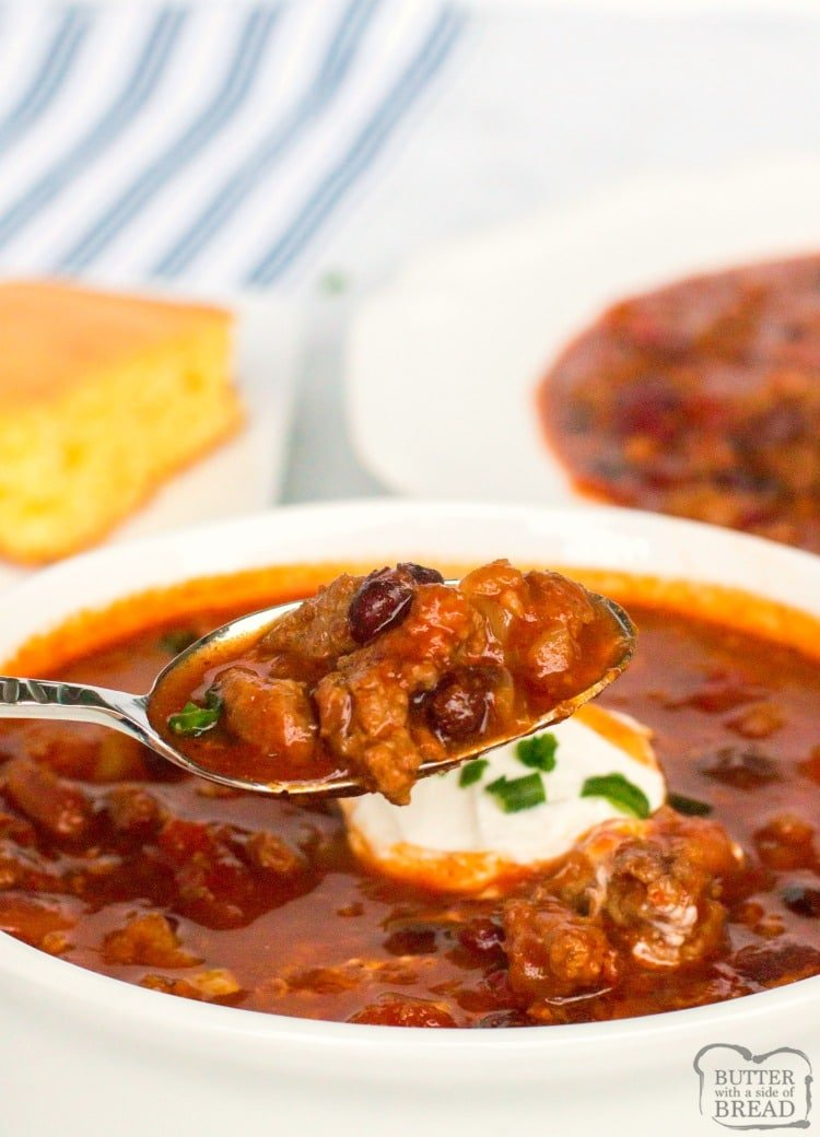 Crockpot Chili recipe made with beef, pork and bacon and has a fantastic bold flavor. This 3 meat slow cooker chiliis thebest chili recipe for cool nights, tailgating, or both.