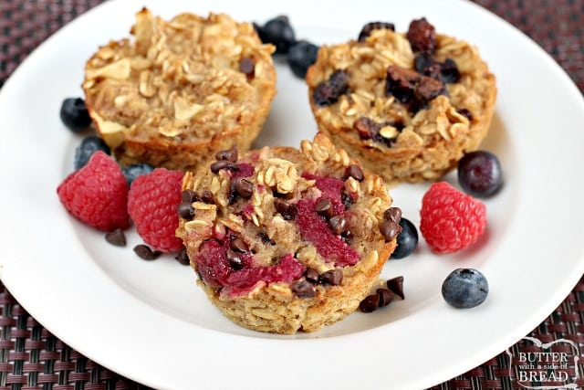 Easy Baked Oatmeal Cups are perfectly portioned and customizable so that everyone in the family can enjoy a quick and healthy breakfast!