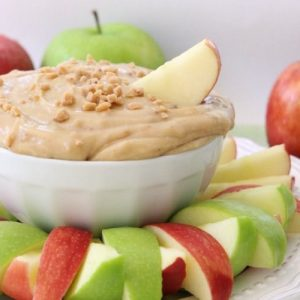 Apple Dip made with cream cheese, brown sugar and toffee bits! Perfect for any gathering or an after-school snack. Toffee Apple Dip is made in minutes and delicious.