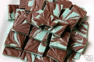 Mint Chocolates made in minutes with few ingredients. They taste just like Andes Mints! Easy to make & pretty, swirled chocolates perfect for the holidays. Super quick & easy #Homemade #Mint #Chocolates like #AndesMints #candy from Butter With A Side of Bread