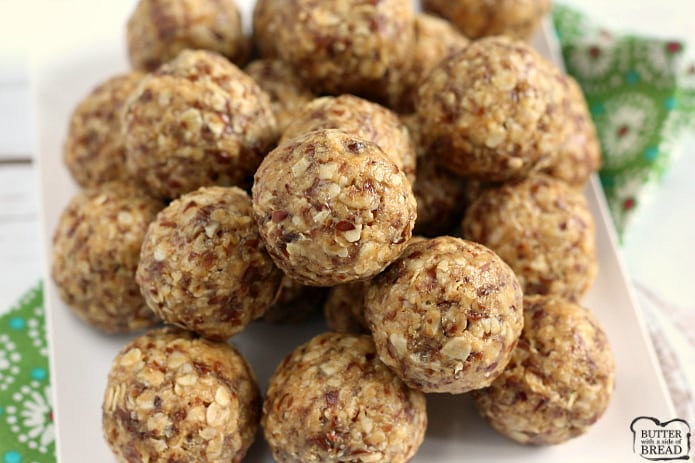 Oatmeal Peanut Butter Protein Balls - full of oats, peanut butter, flaxseed, Rice Krispies, coconut oil, honey and vanilla!
