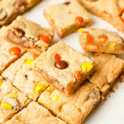 REESE'S COOKIE BARS