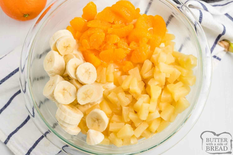 Oranges, bananas and pineapple in salad