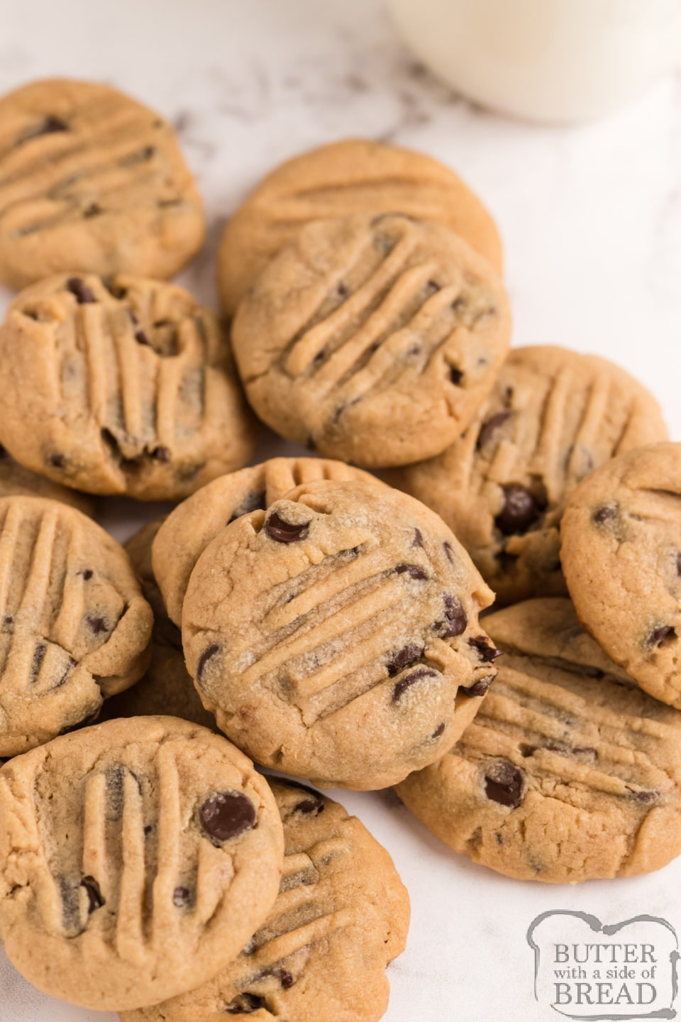 Best peanut butter cookie recipe with chocolate chips