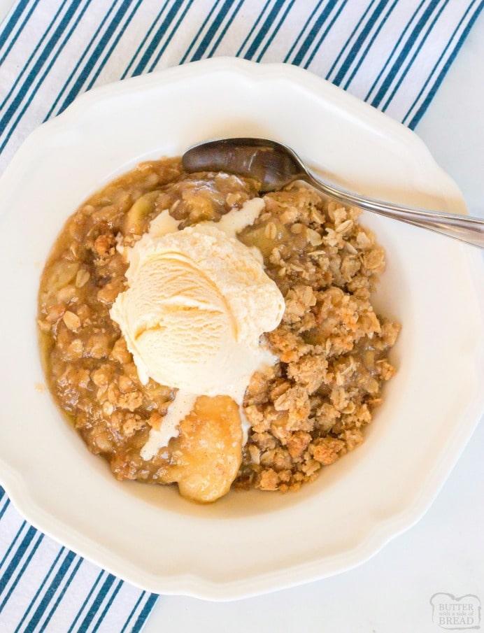 Apple crisp with oatmeal