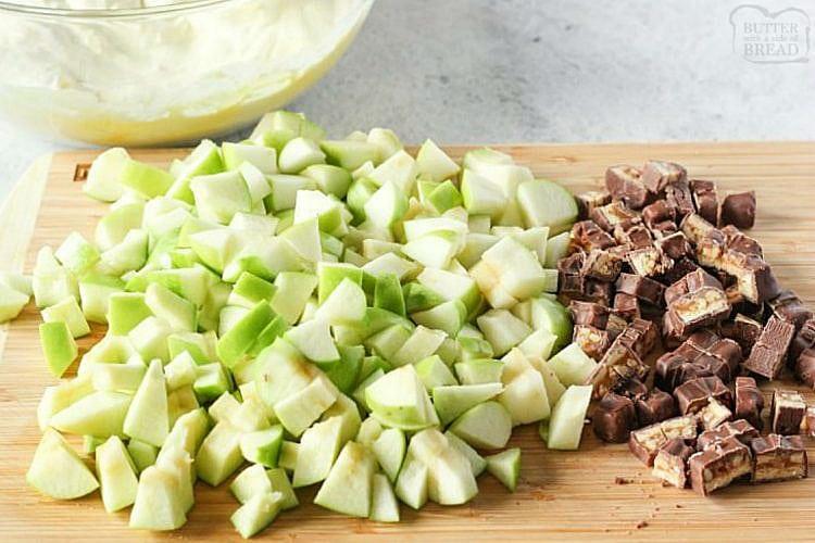 snicker apple salad cut up