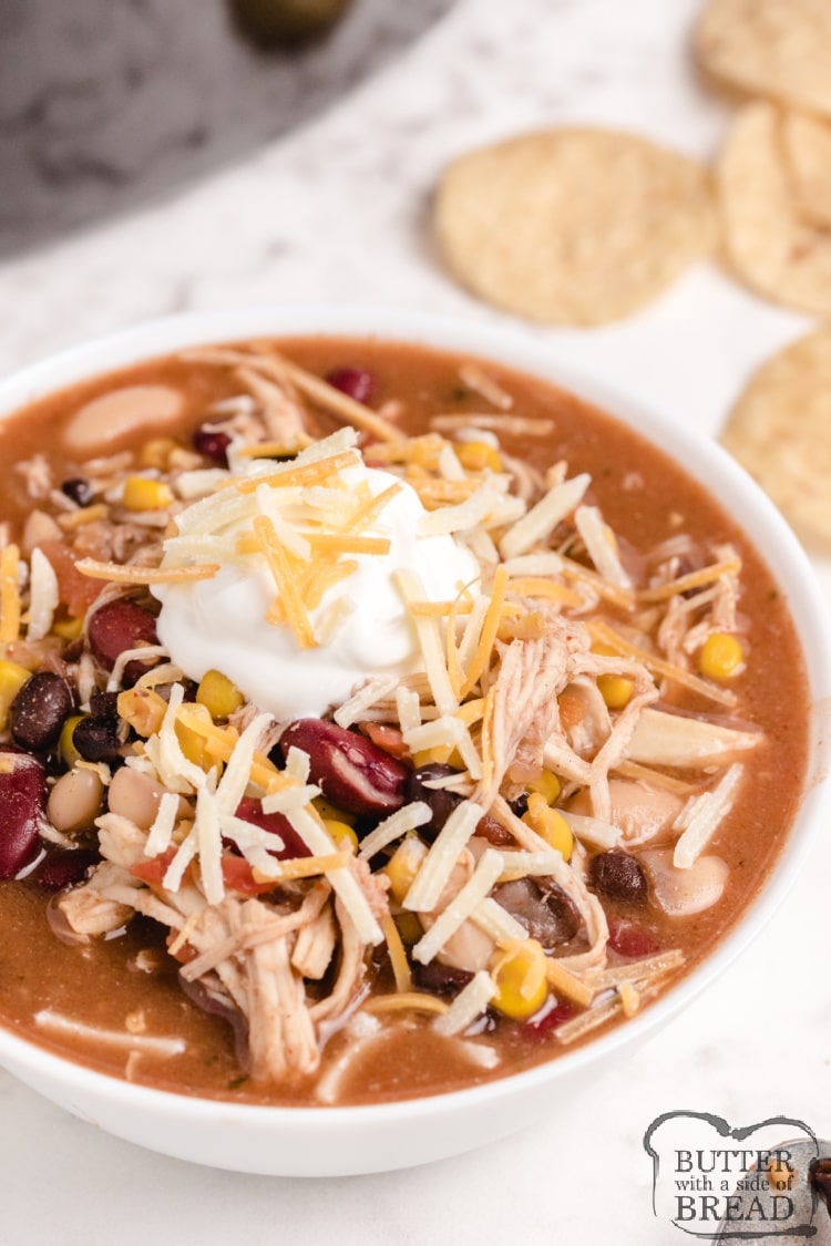 Slow cooker chicken taco soup recipe