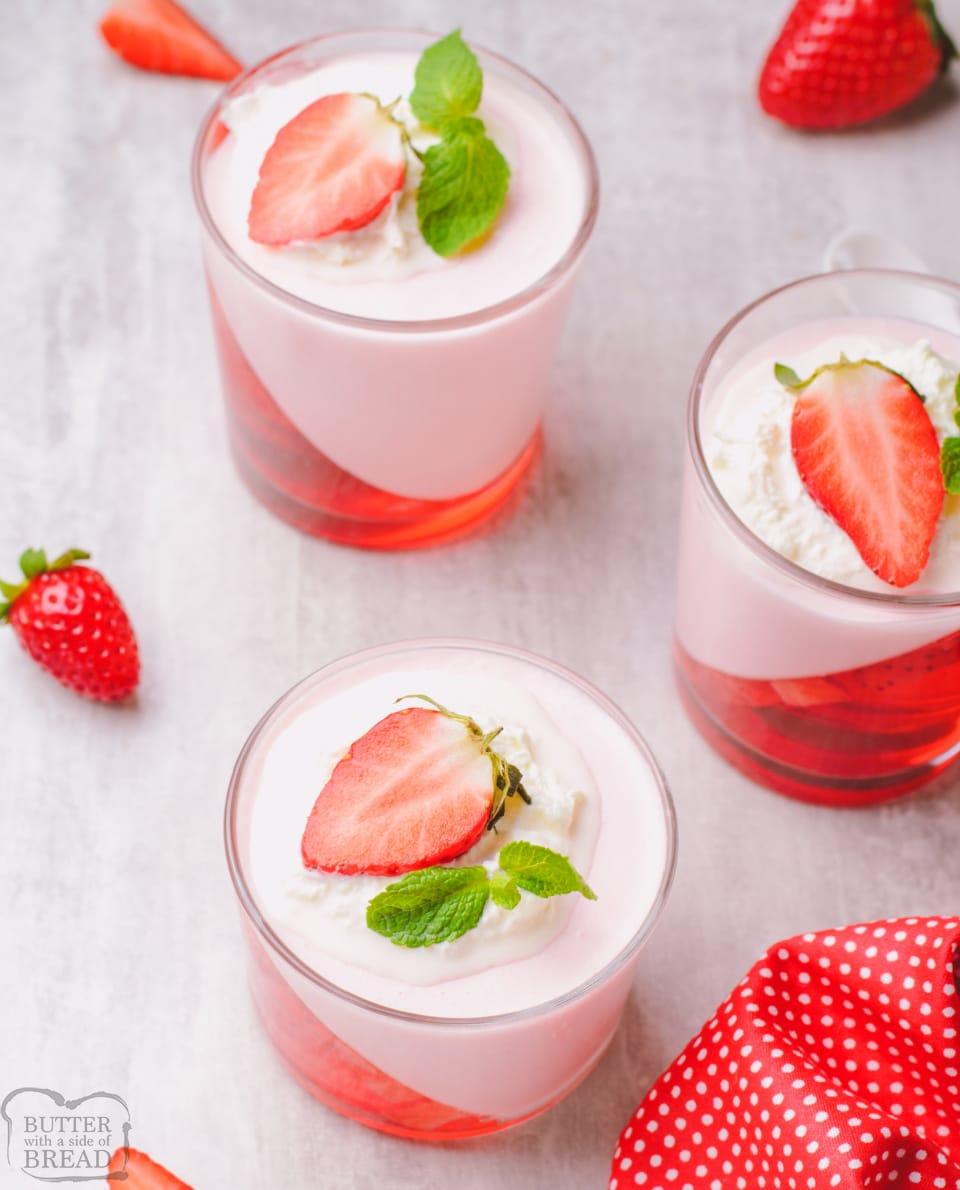 Easy Strawberry Jello Parfaits recipe