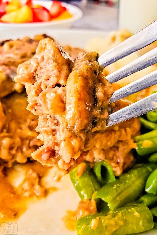 How to Make Dutch Oven Cube Steak and Mushroom Gravy dinner recipe